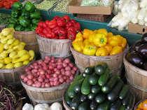 11259265-farmers-market-veggies-1467385537-650-8f3cf1384d-1467811609