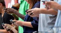 10092018-mobile-phones-1